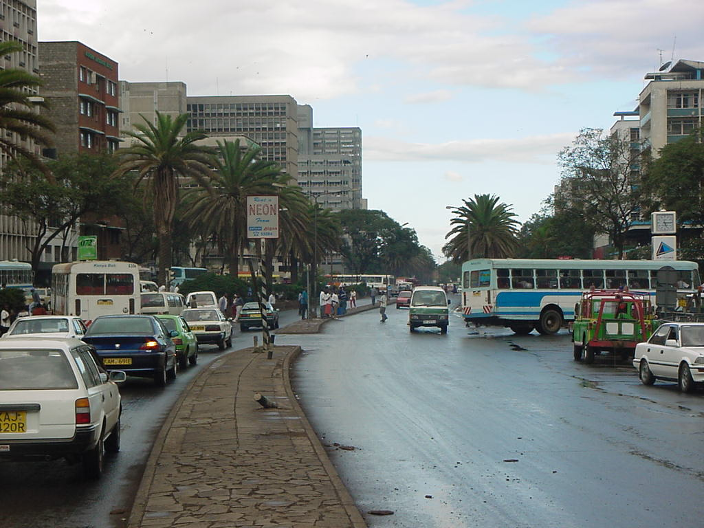 http://www.2112.net/jcole/Pictures/2001-4/Uganda&Kenya/Kenya-Nairobi-city_streets_after_rain.jpg